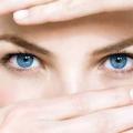 Які є краплі для очей проти почервоніння та запалення?